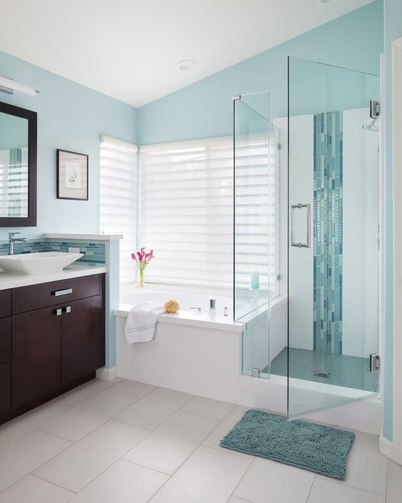 modna niebieska łazienka
