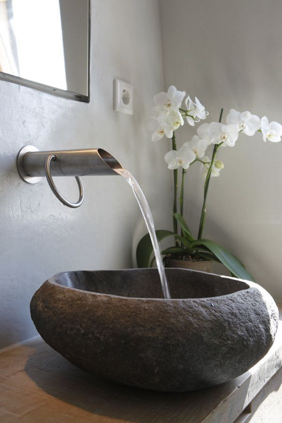 kamienna umywalka łazienkowa